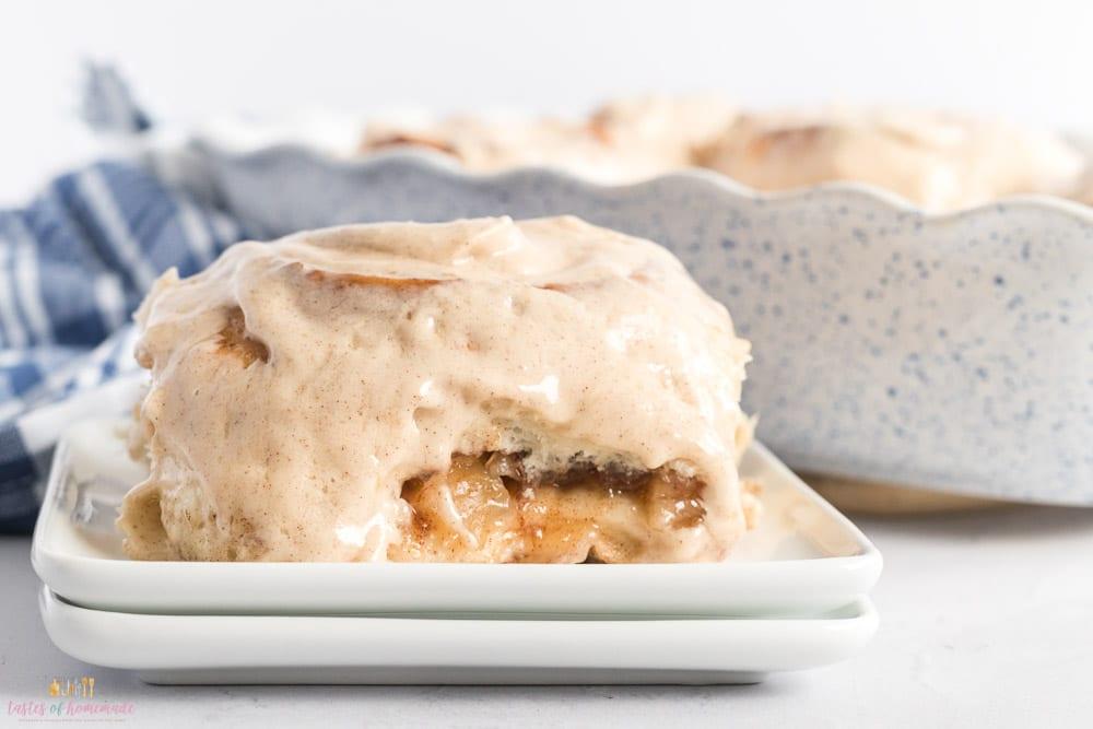 Apple pie cinnamon roll on a plate
