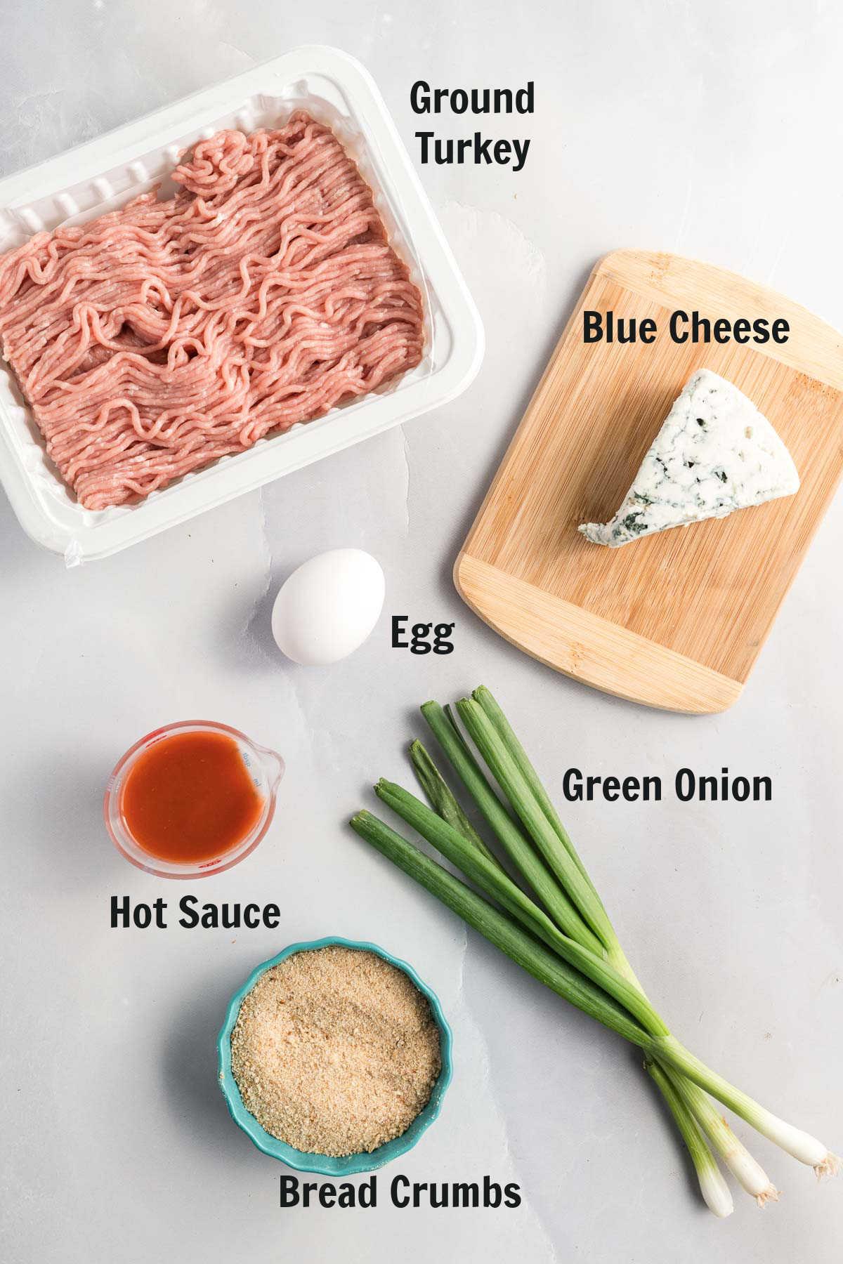 Turkey meatball ingredients.
